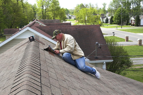 Roof Repair Worker
